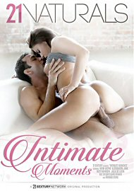 Intimate Moments (2017) (158038.5)