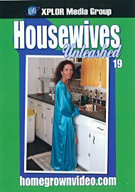 Housewives Unleashed 19 (66190.1)