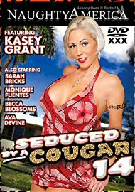 Seduced By A Cougar 14 (out Of Print) (122363.50)